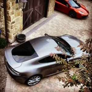 Vantage McLaren