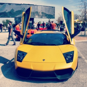 Lambo Murcie yellow