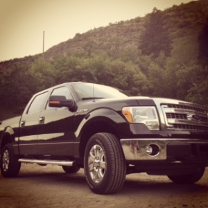 Ford F-150 front 3-4